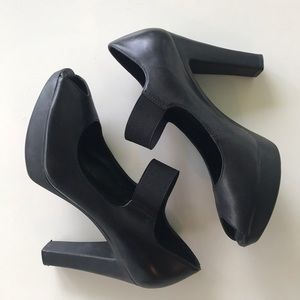 Marc Fisher leather heels